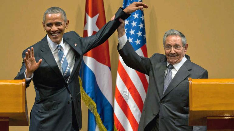 OBAMA Y RAÚL CASTRO. El 21 de marzo de 2016, en Cuba (AP).