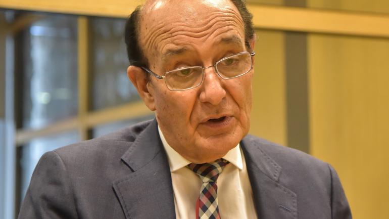 Oscar González,