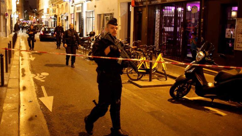 POLICÍAS. Al acordonar el área después del ataque en París (AP/Thibault Camus).
