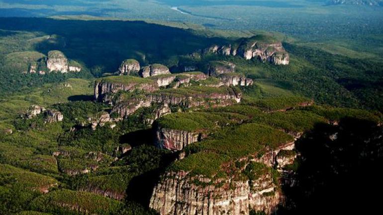 Parque Nacional Natural Serranía de Chiribiquete (Colombia). (Parques naturales)