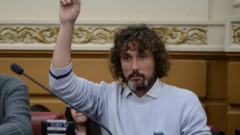 Ezequiel Peressini, legislador del Frente de Izquierda y de los Trabajadores.