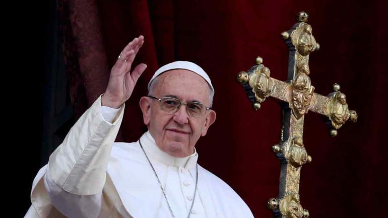 """EN EL AÑO 2015. """"Piensen con la cabeza y no se dejen llevar por los zurdos"""", pidió el Papa al defender a un obispo acusado de encubrir casos de pedofilia."""