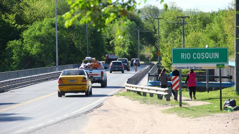 Puente sobre el río Cosquín , en Bialet Massé (La Voz)