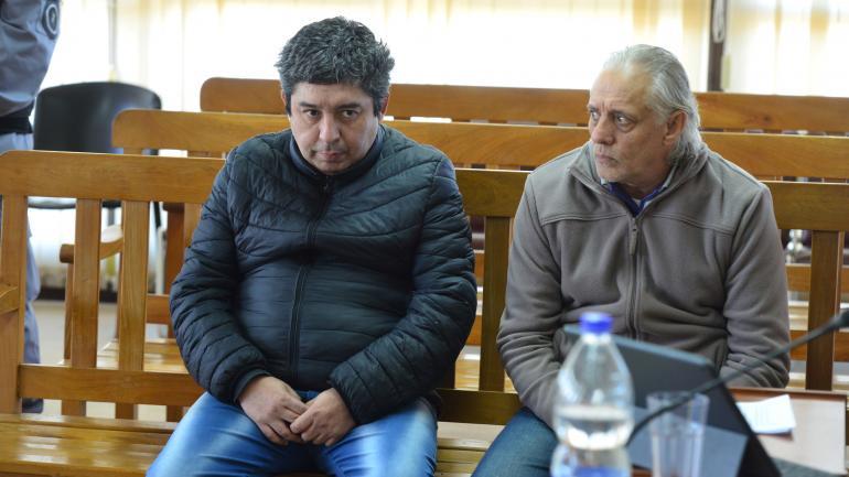 """Culpables. """"El Rata"""" Lovaiza y Mario Grasfascoli, ayer, antes de la sentencia. (Nicolás Bravo)"""