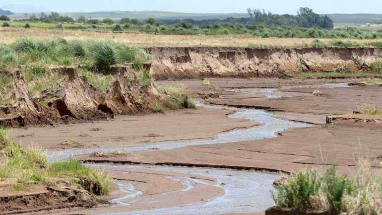 La Paraguaya. El río avanzó entre los campos de Chaján (La Voz).