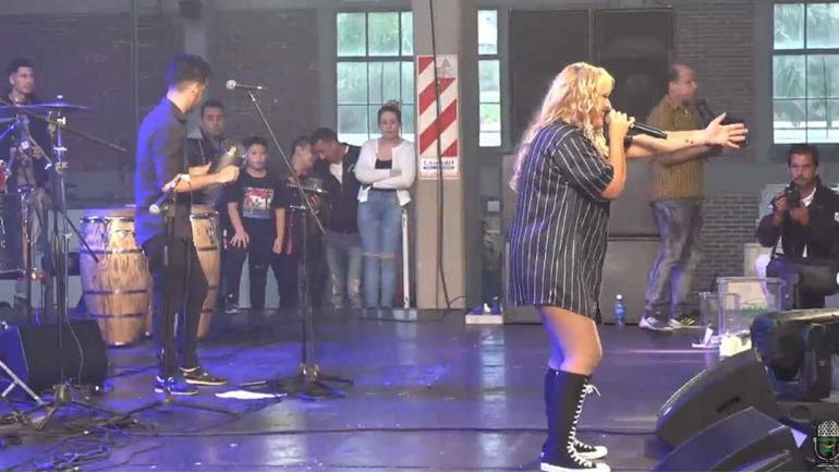 SURRBAC. Pulli Moreno fue una de las atracciones en la fiesta de Forja (captura de video).