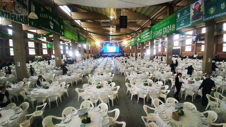 SURRBAC. La previa de fiesta del Día del Trabajador en Forja, a pleno (@MauricioSaillen).