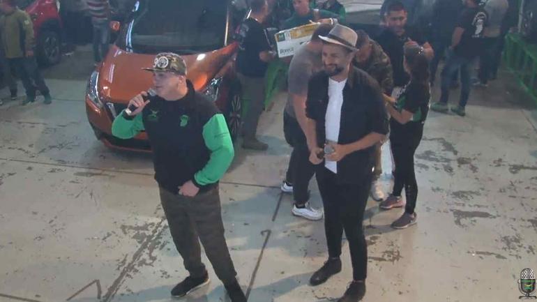 SURRBAC. La fiesta del Día del Trabajador fue conducida por Edgar Moreno, de Radio Suquía. (captura de video).