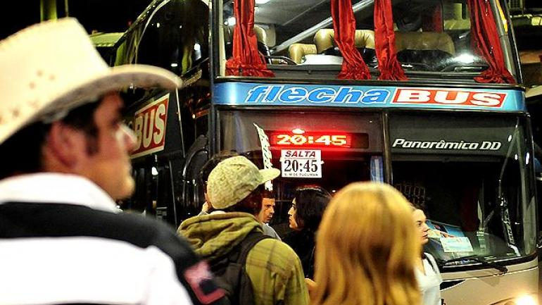 EN CÓRDOBA. El paro afectaría las líneas Flecha Bus, Chevallier y El Práctico, entre otras (La Voz/Archivo).