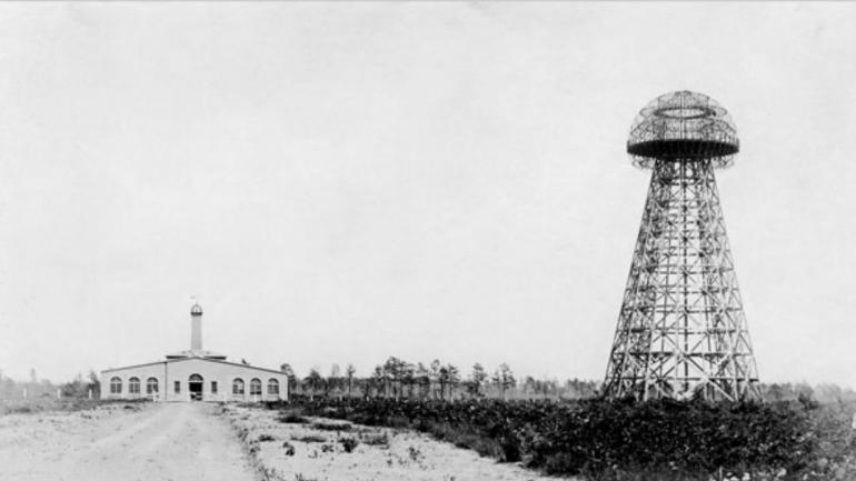 La torre. Tesla logró construir su torre en Colorado Springs, pero nunca cumplió su función.