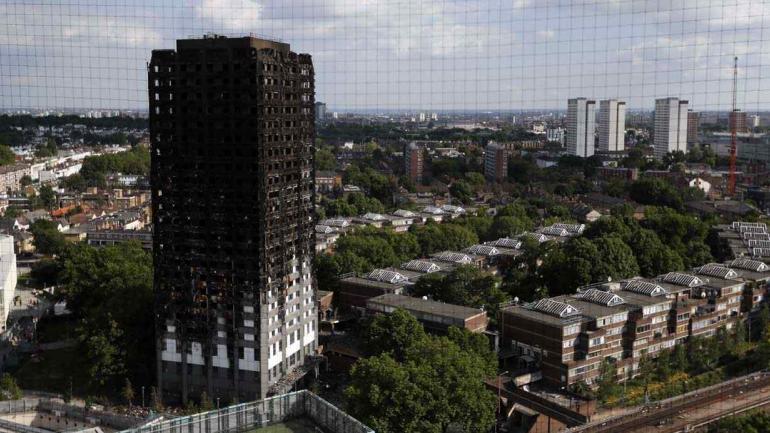 La Grenfell Tower será derrumbada como otros edificios (AP).