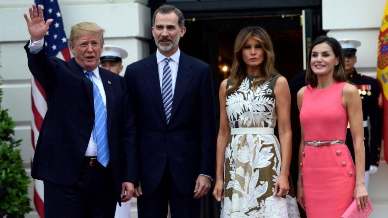 TRUMP. Junto a los reyes de España y a su esposa, Melania (AP).