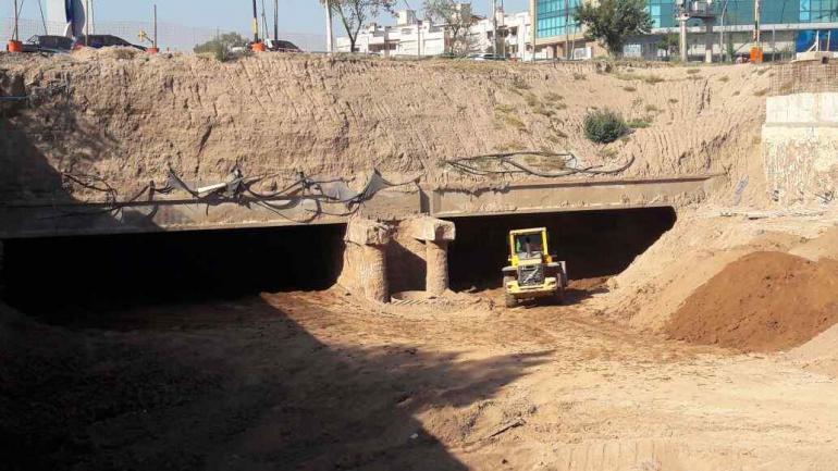 Aún queda una excavación profunda por delante, además de vaciar de tierra el interior del túnel.