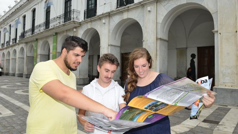 Turistas extranjeros en Córdoba. (Facundo Luque)