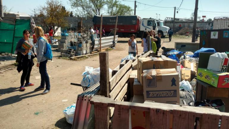 Se relocalizarán 16 familias de Villa La Maternidad (José Hernández).