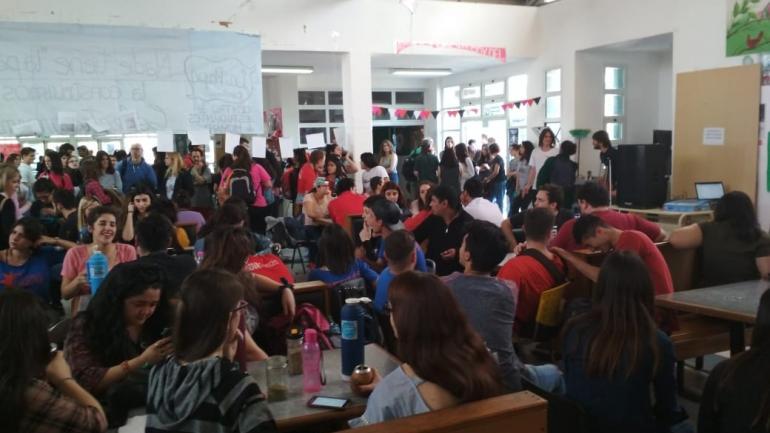 La asamblea estudiantil del miércoles en la UNVM.
