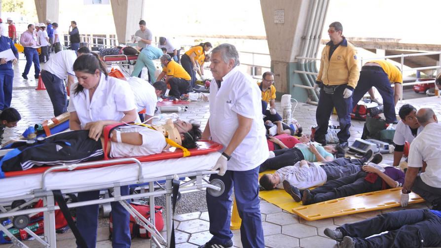 Simulacro de atentado terrorista en el Kempes Estadio-kempes4